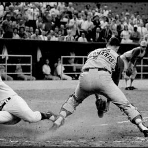 Houston Astros vs Cincinnati Reds at the Astrodome<br /><br />