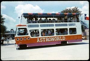 Henderson-Astroworld-0220.jpg